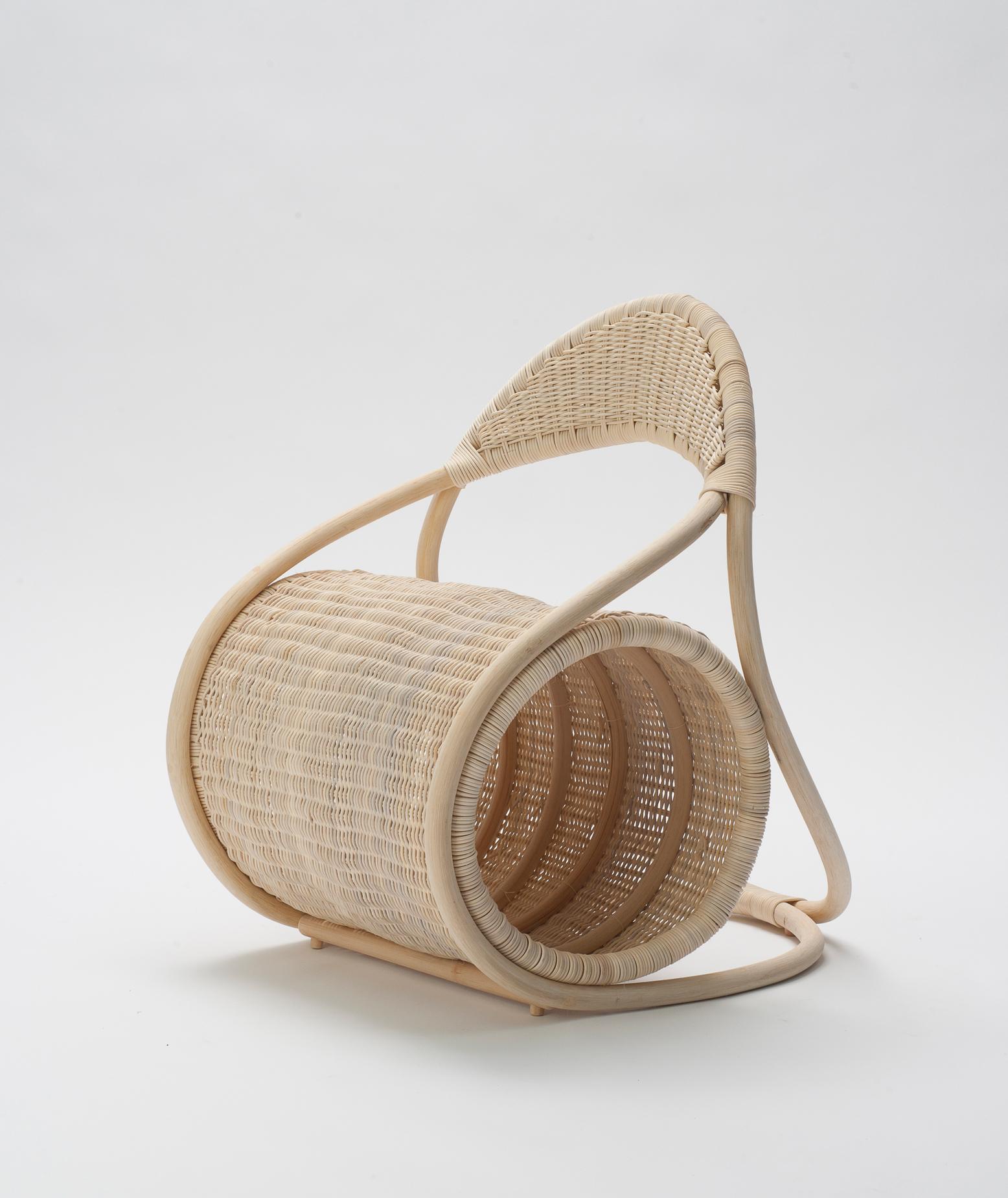 Eva-Fly_Bobbin-Chair_01